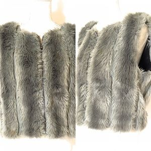 Rachel Roy faux fur vest, Sz Large